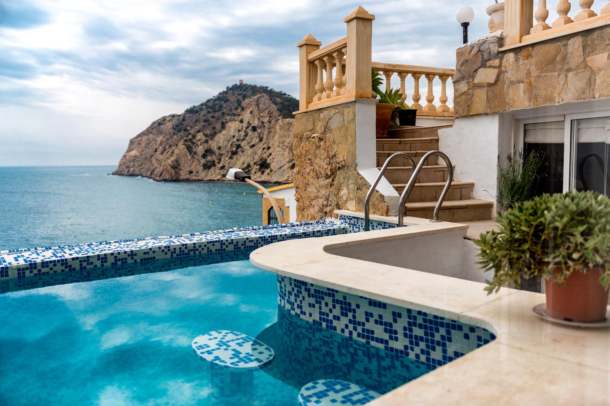 Продажа вилл в испании на берегу моря