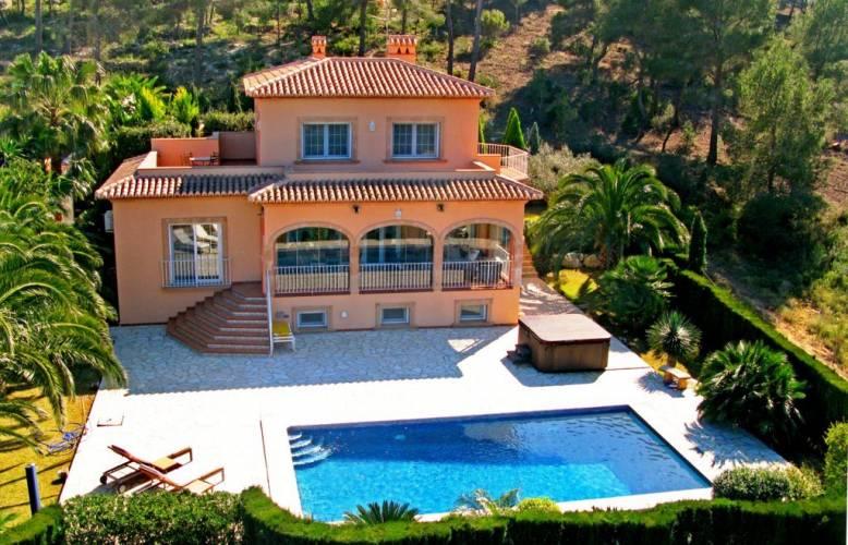 Купить дом в камбрильсе испания