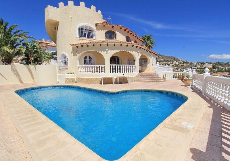 Купить недорогой дом в испании в кальпе