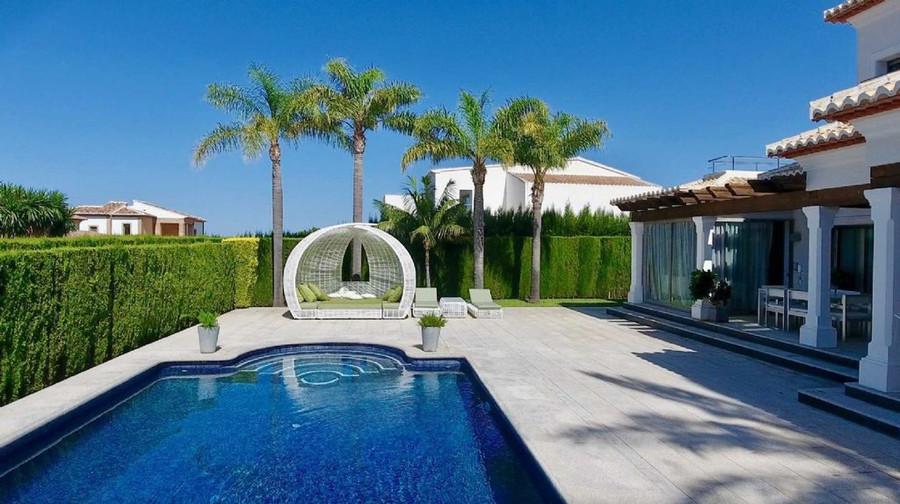 Купить недорогой дом в испании у моря недорого
