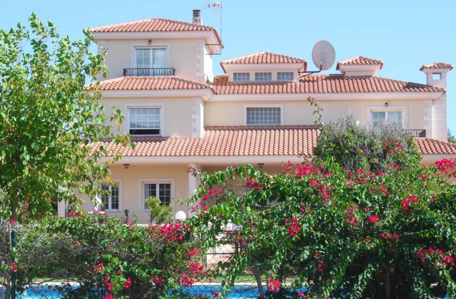 Дешевая недвижимость в португалии испании