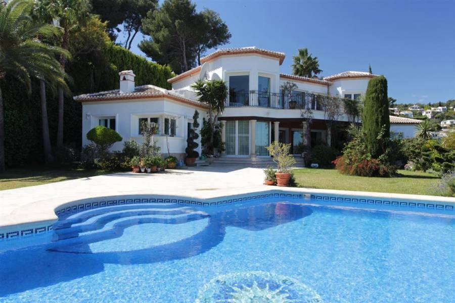 Законы на недвижимость в испании